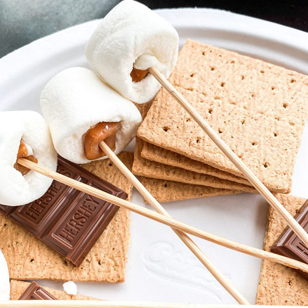 stuffed-marshmallows-sticks